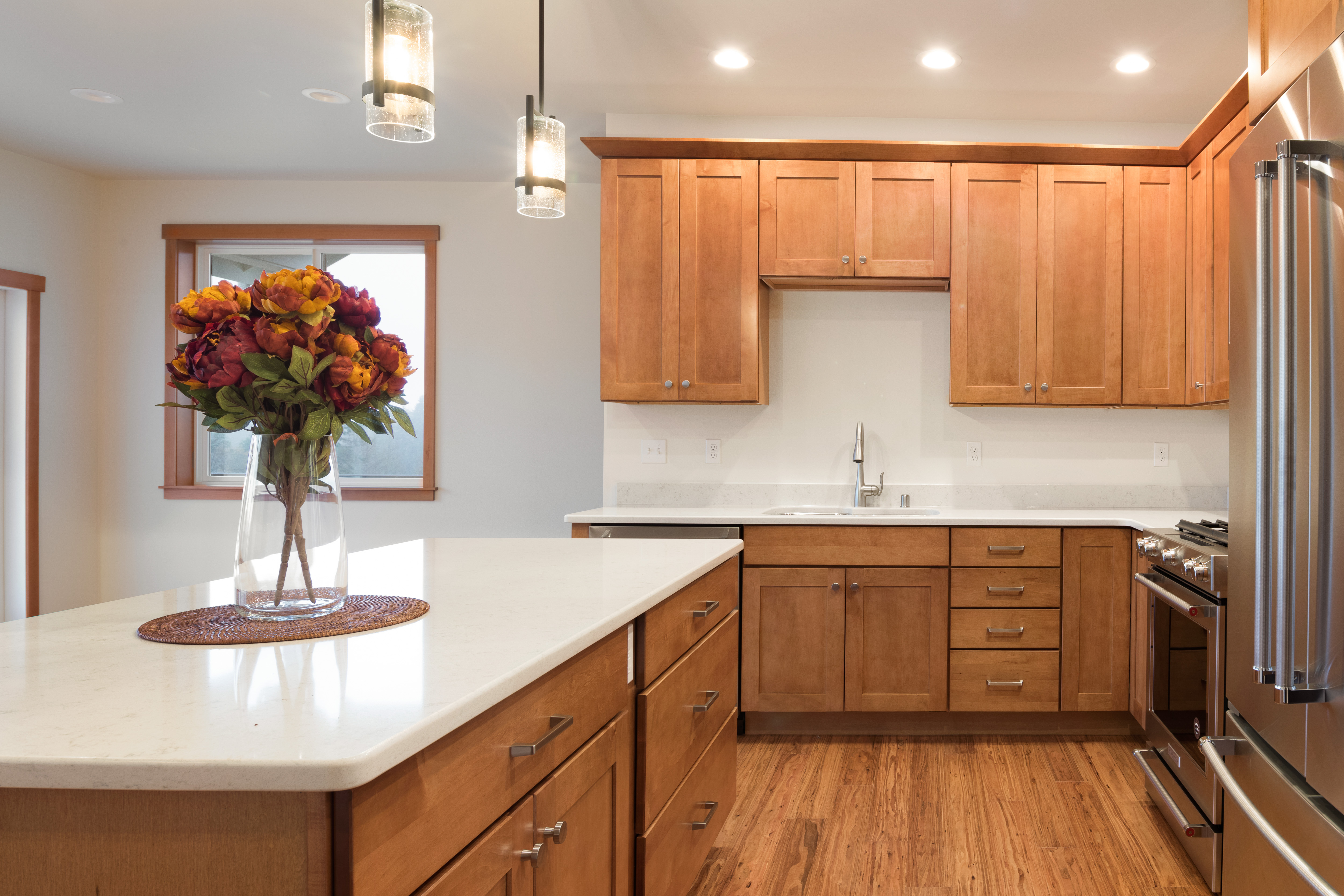 Kitchen, Chipshot Height Home, Cedar, Freeland, Tim Criswell